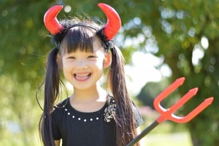 小悪魔女の子
